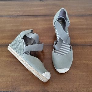 White mountain grey espadrille wedge heel